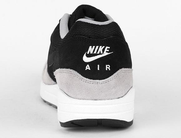 Nike Air Max 1 Essential 2015 Black Flat Silver