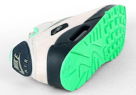 Nike Air Max 90 Essential Light Bone Jade Stone