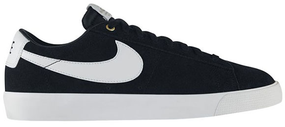 Nike SB Blazer Low GT Black Saturday Release