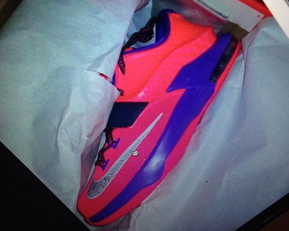Nike KD 7 GS Hyper Punch Grape Black Friday 2014