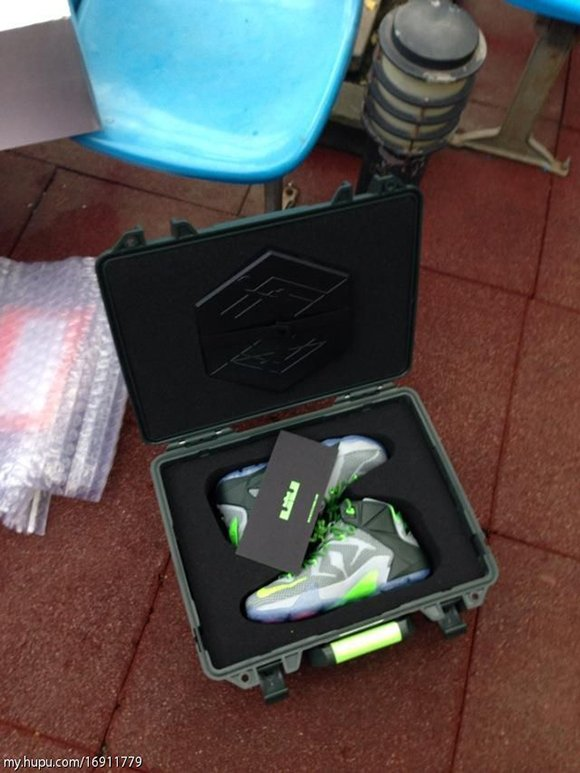 Nike LeBron 12 Dunk Force Special Packaging