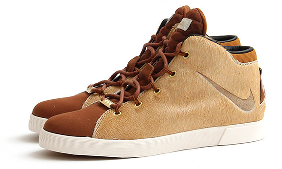 Nike LeBron 12 NSW Lifestyle Lions Mane Now Available