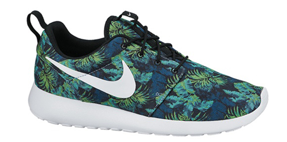 Nike Roshe Run Print Space Blue Friday Release