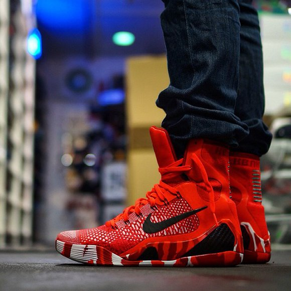 On Feet: Nike Kobe 9 Elite Poker Ace