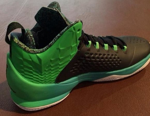 First Look: Jordan Melo M11