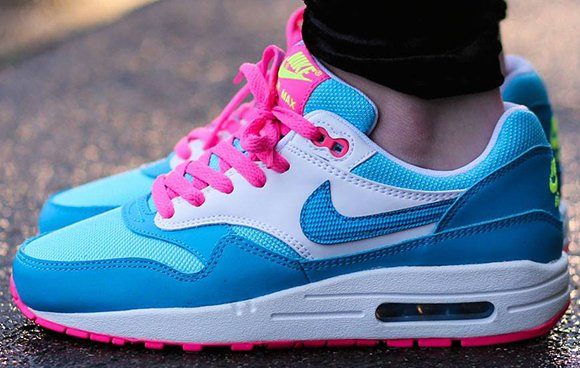 on sale f5088 dcacd Nike Air Max 1 GS Clear Water Pink Power Blue Legend White 80%OFF