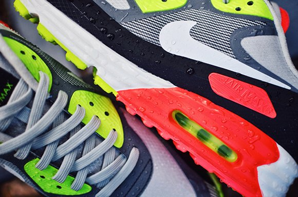 new arrival 00419 f6715 Nike Air Max Lunar 90 Goes Water Proof