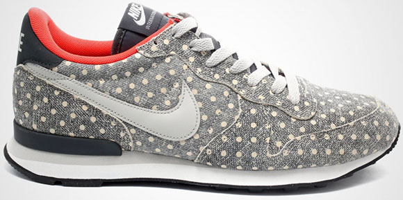 Nike Internationalist Polka Dot Pack 2015