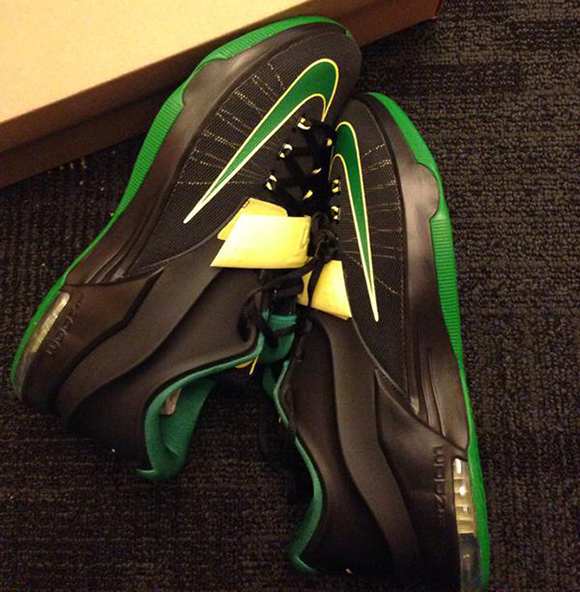 Nike KD 7 Oregon Ducks Away PE