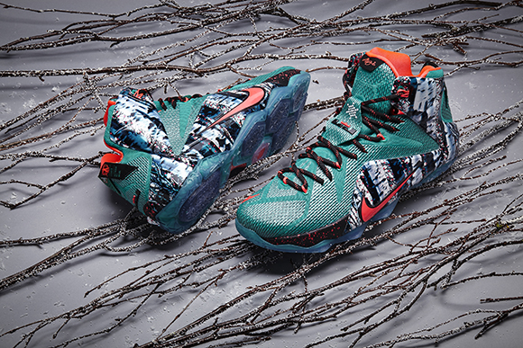 Nike LeBron 12 Akron Birch Christmas