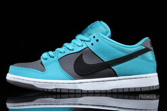 Nike SB Dunk Low Dusty Cactus