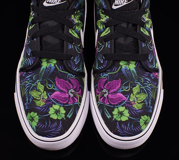 Nike Toki Low Floral