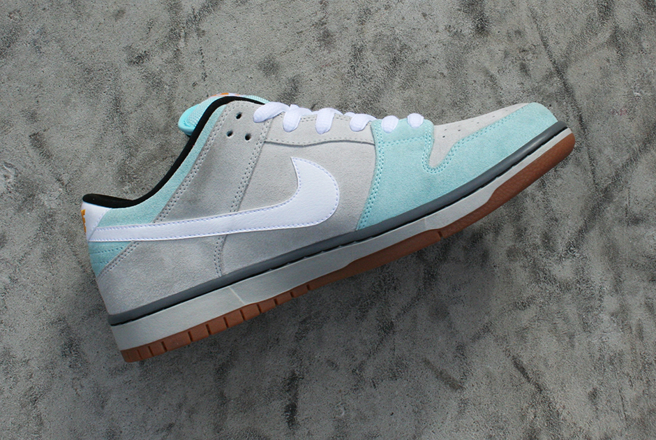 quality design f4064 579ea Plus Skate Shop x Nike SB Dunk Low Glacier Ice