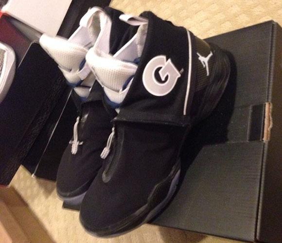 Air Jordan XX8 Georgetown Hoyas PE