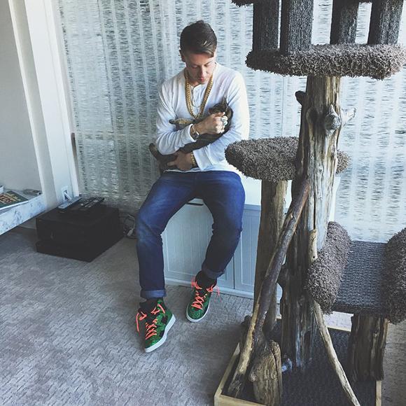 Macklemore Air Jordan 6 Lifestyle Sneaker