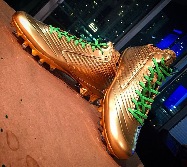 NFL Threatens to Eject Marshawn Lynch if he Wears Gold Custom Nike Cleats
