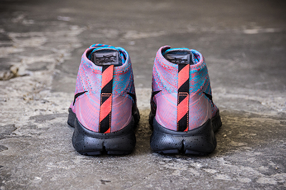 Nike Flyknit Trainer Chukka FSB Blue Lagoon Bright Crimson
