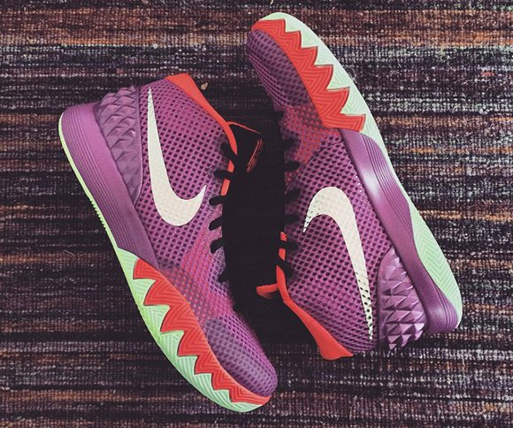 reputable site 23434 f3c15 Nike Kyrie 1 Easter