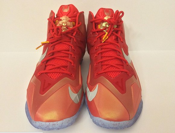 Nike LeBron 11 Gloria James Sample