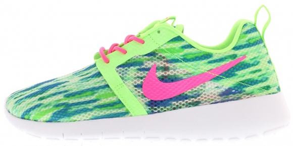 Nike Roshe Run Flight GS Pink Pow Menta Flash Lime