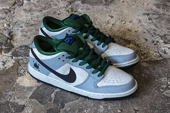 Nike SB Dunk Low Gorge Green Dove Grey