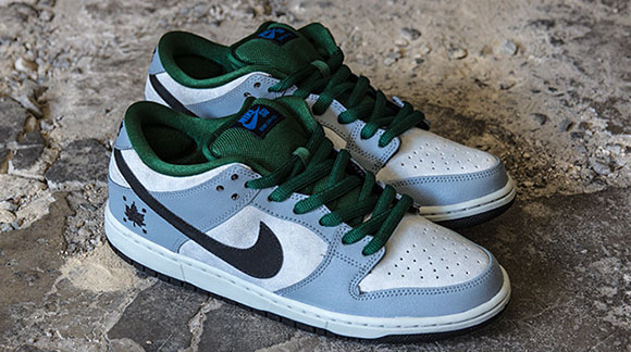 new arrival 0dcd8 4764f Nike SB Dunk Low Gorge Green Dove Grey