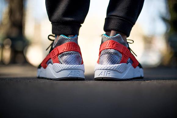 Nike Air Huarache FB Hypervenom