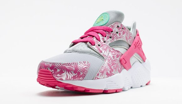 Nike Air Huarache Run GS Pink Floral