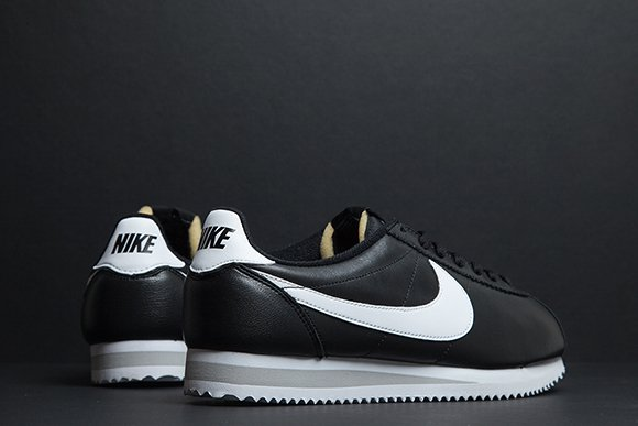 Nike Classic Cortez Coming