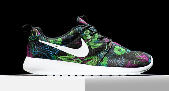 Nike Roshe Run Print Floral Smoky Lotus