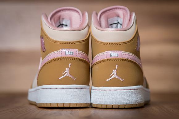 Air Jordan 1 Mid Girls Lola Bunny