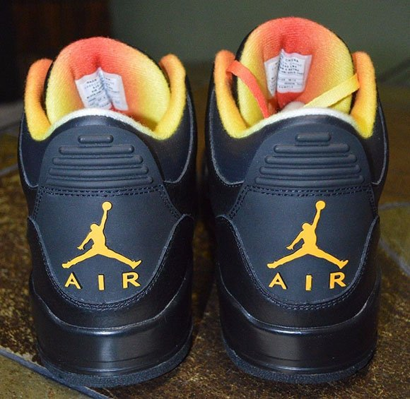 Air Jordan 3 Drake vs. Lil Wayne Available