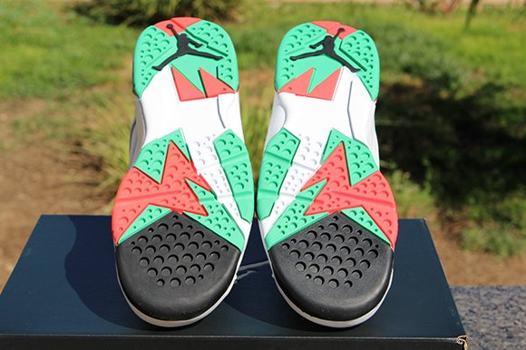 Air Jordan 7 Girls White Infrared Verde Available Early
