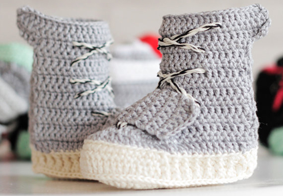 Crochet Jordans : The crochet adidas Yeezy 750 is handmade with yarn and 100% cotton. As ...