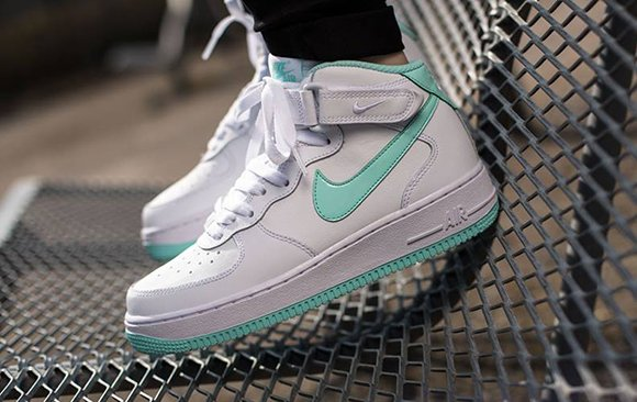 differently 700d3 6d457 Nike Air Force 1 Mid GS Artisan Teal