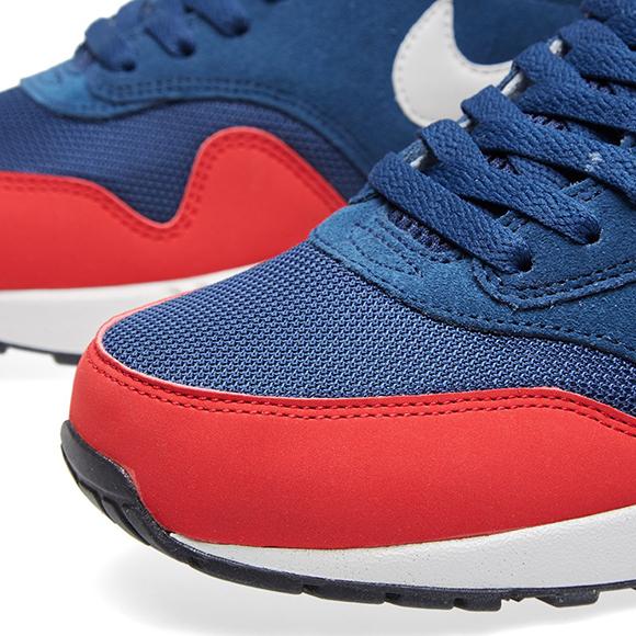 Nike Air Max 1 Midnight Navy University Red