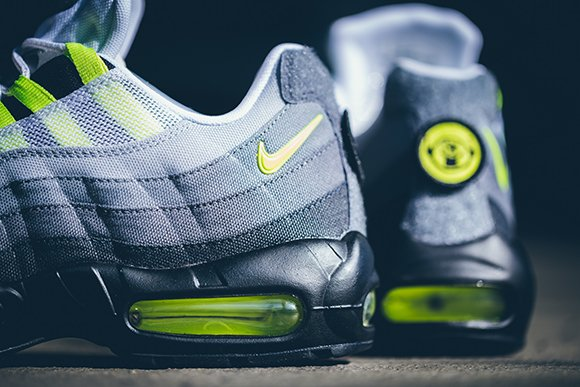 new Nike Air Max 95 Neon Patch Detailed Look