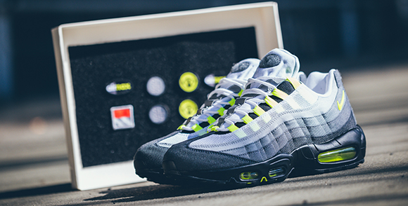 Air Max 95 Neon On Feet