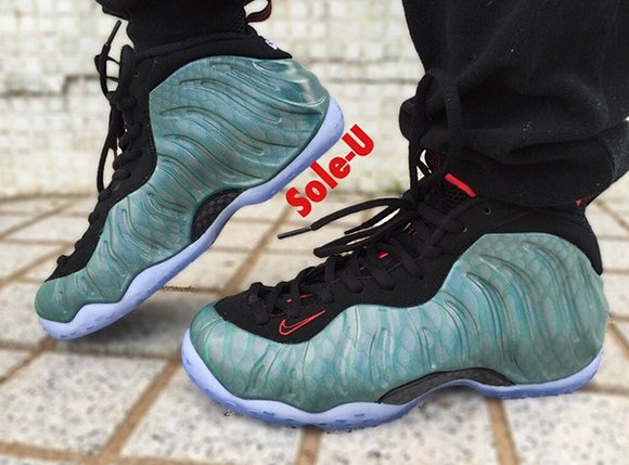 hot sale online 1fb49 83ff3 On Foot: Nike Foamposite One 'Gone Fishing' | SneakerFiles