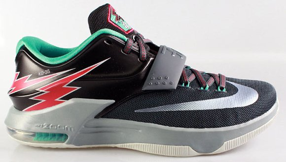 the best attitude 63c4e 15b1f Nike KD 7 'Flight' | SneakerFiles