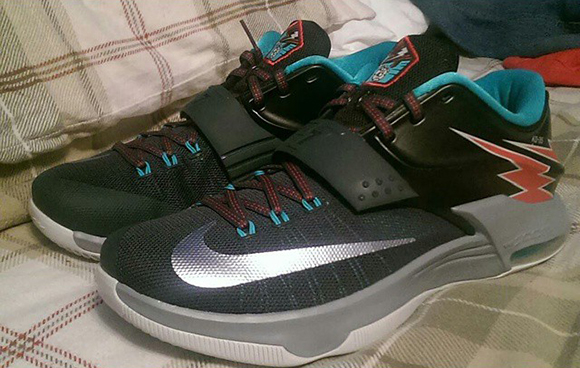 nike kd 7 39 thunder bolt 39 kd 35 sneakerfiles. Black Bedroom Furniture Sets. Home Design Ideas