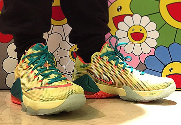 On Foot  Nike LeBron 12 Low  LeBronold Palmer   ed951a576b
