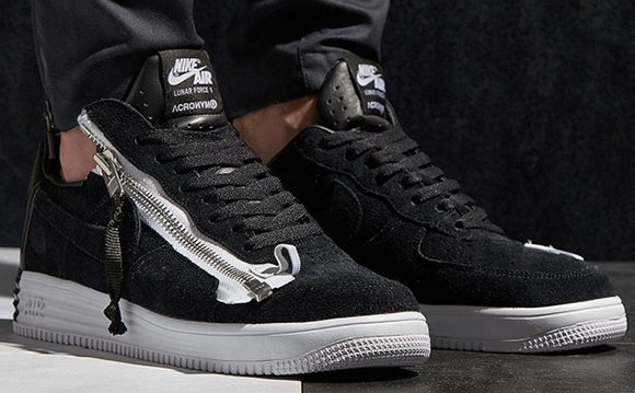 online retailer cdd91 b8841 Acronym Nike Lunar Force 1 SP Zip Release Date