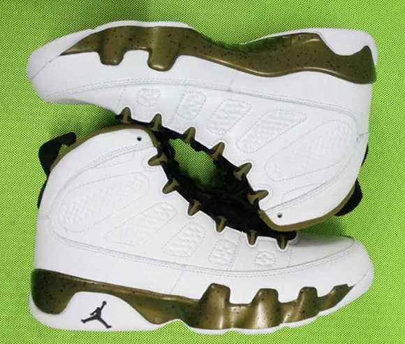size 40 64ac0 e1f2d Air Jordan 9 'Militia Green' - Another Look | SneakerFiles