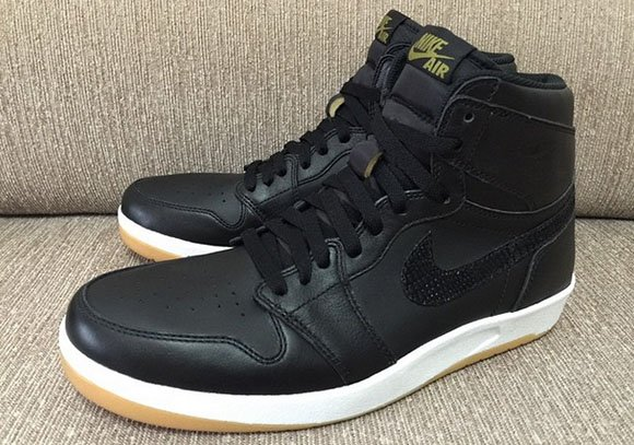 Air Jordan 1 Hybrid Black Gum