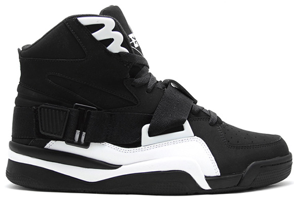 new concept 3cc22 bb0b0 ... New York Knicks PE. Ewing Athletics Concept Retro Black White. Ewing  Athletics Concept Retro Black White