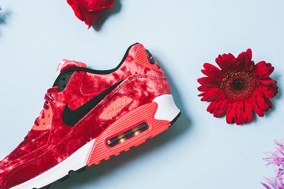 Nike Air Max 90 Red Velvet Release Date