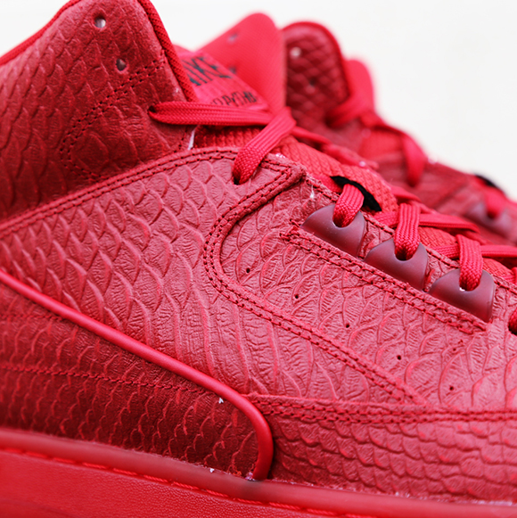Nike Air Python Gym Red