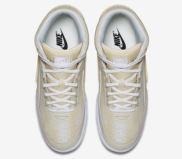 Nike Air Python Pearl