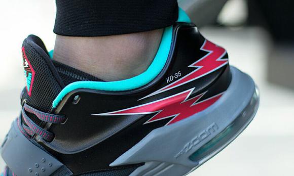 Nike KD 7 Flight On Foot